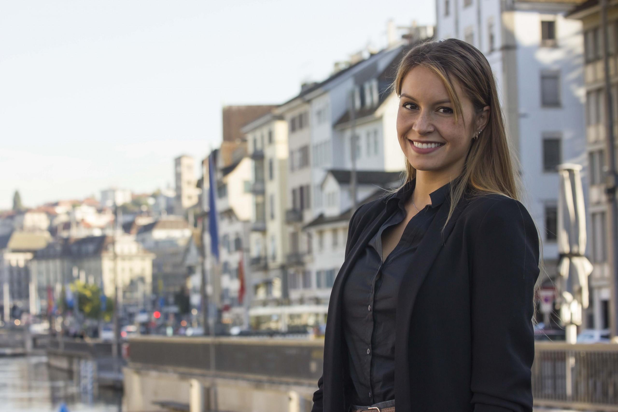 Svenja Balla: Anwalt Arbeitsrecht, Anwalt Gesellschaftsrecht, Anwalt Mietrecht, Anwalt Vertragsrecht, Anwalt Familienrecht, Anwalt Migrationsrecht